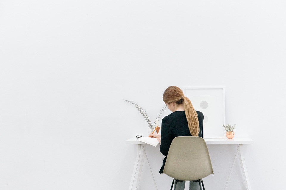Woman_working