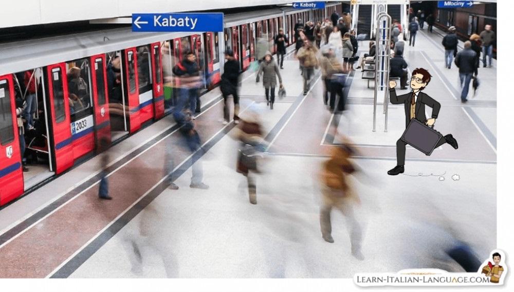Man_running_in_Subway_station